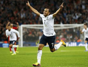 Report: Liverpool and Manchester City show interest in Andros Townsend