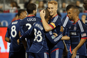 Chicago hope Earnshaw can fire them to the MLS Playoffs