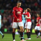 """Ibrahimovic """"suffering from a lack of confidence"""" at Manchester United"""