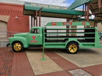vintage Dr. Pepper truck