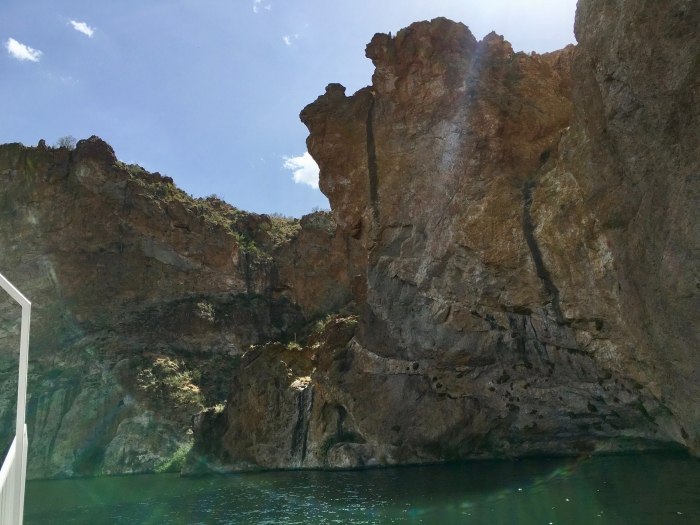 rock walls on Canyon Lake Arizona