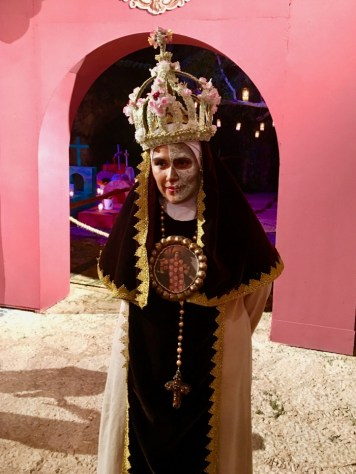 Day of the Dead nun wearing crown