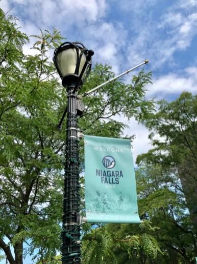 Niagara Falls USA lamppost