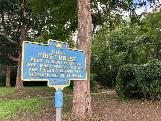 Niagara Falls first house sign - 3 Awe-Inspiring Niagara Falls USA Attractions