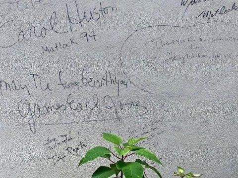 Autograph Wall in Public Marker James Earl Jones Henry Winkler - Wilmington, North Carolina: Hooray for Hollywood & Hometown Hospitality!