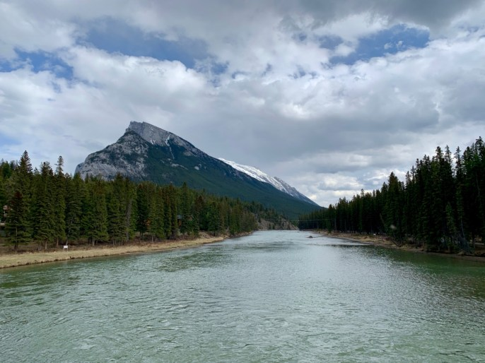 Bow River Mount Rundle - The Best Sites & Activities for a Town of Banff Adventure