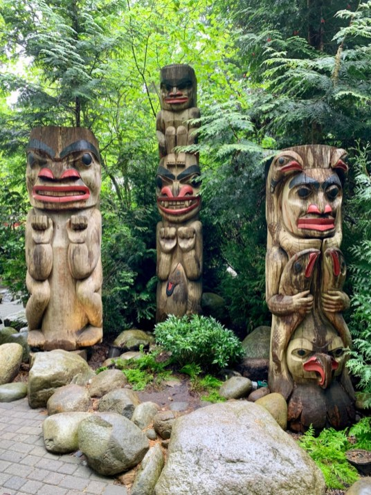 Capilano Totems - Tour Capilano Suspension Bridge Park and See Vancouver in a Day