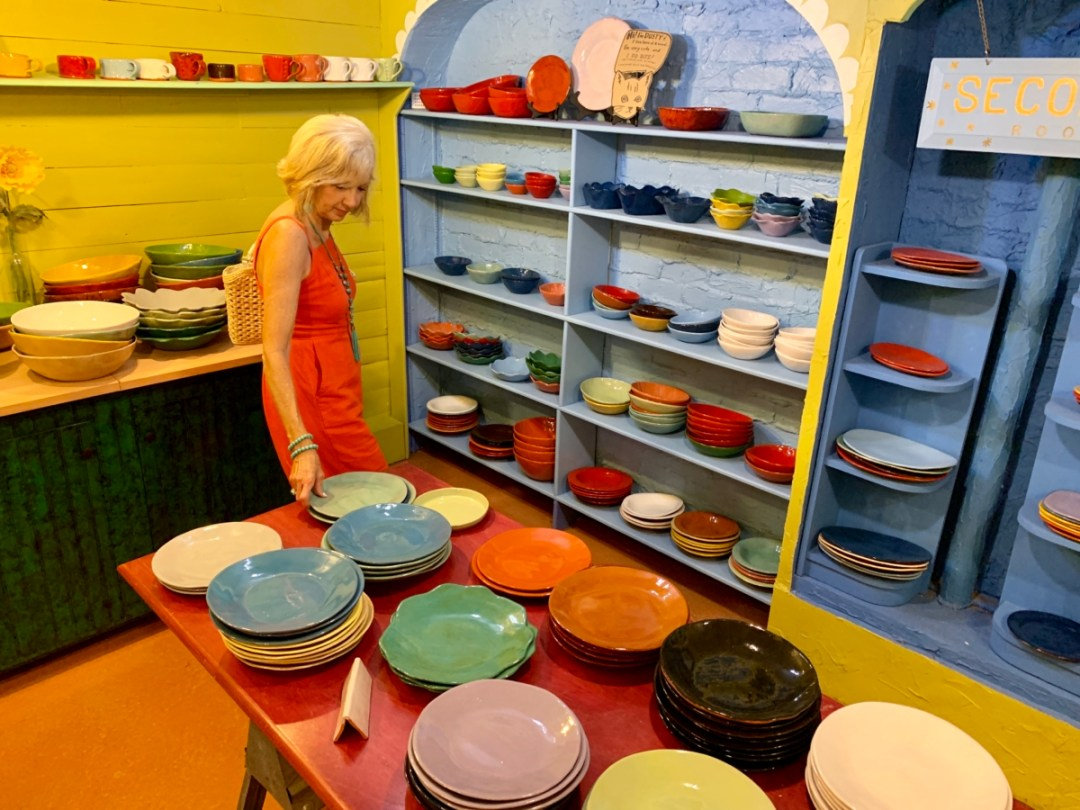 R. Wood ceramics showroom - 18+ Outstanding Athens Georgia Attractions