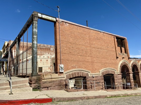 Jerome AZ Bartlett Hotel - 7+ Amazing Attractions in Verde Valley AZ