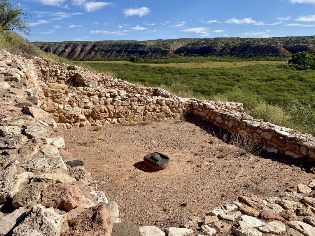 Tuzigoot metate - 7+ Amazing Attractions in Verde Valley AZ
