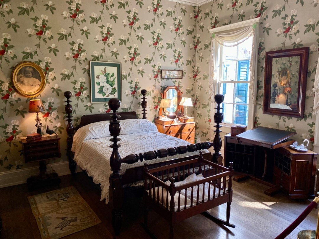 Pebble Hill redbird room - Encounter Historic Quail Hunt Plantations in Thomasville GA