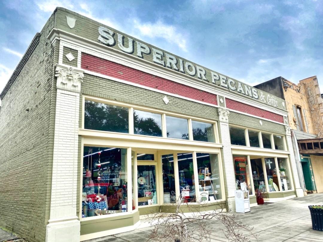 Superior Pecans Eufaula AL - Outdoor & Historical Things to Do in Eufaula Alabama