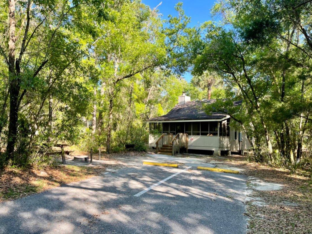 Blue Spring State Park cabin - Discover Florida's Blue Spring State Park & Campground