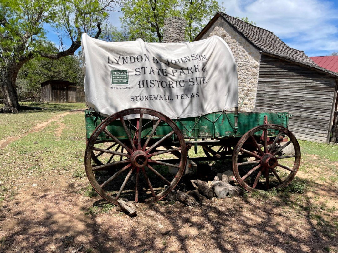 LBJ Ranch SP Covered Wagon - Explore LBJ Ranch and the Texas Hill Country