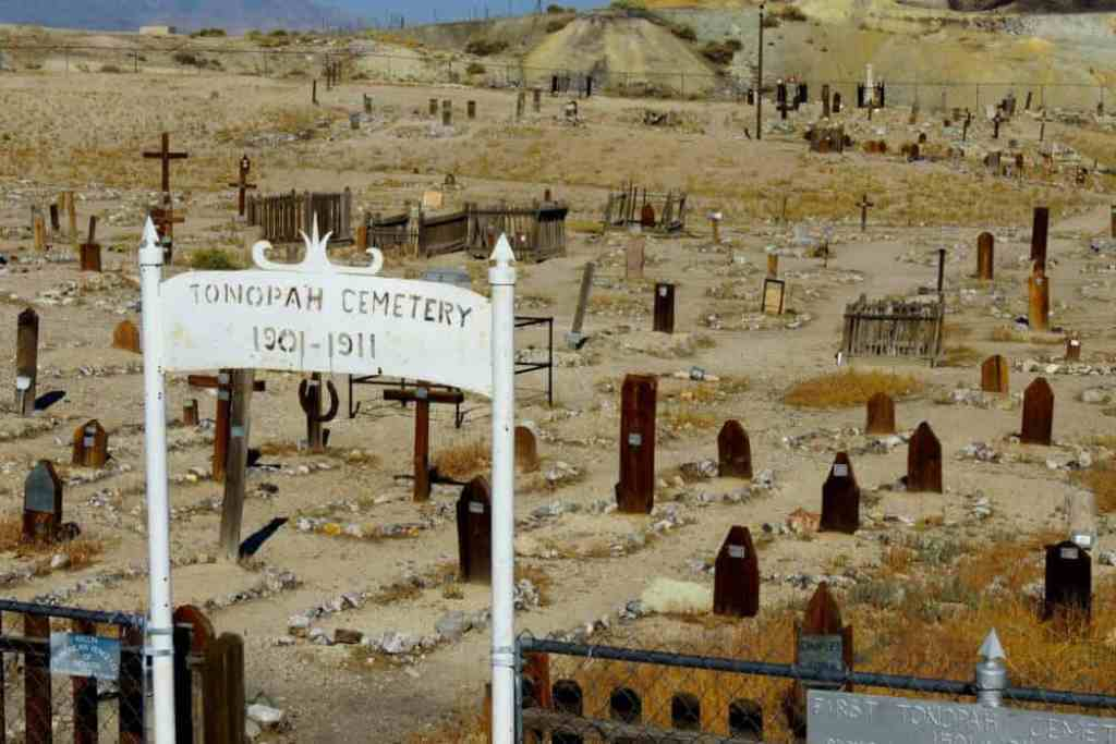 The entrance to the Old Tonopah Cemetery