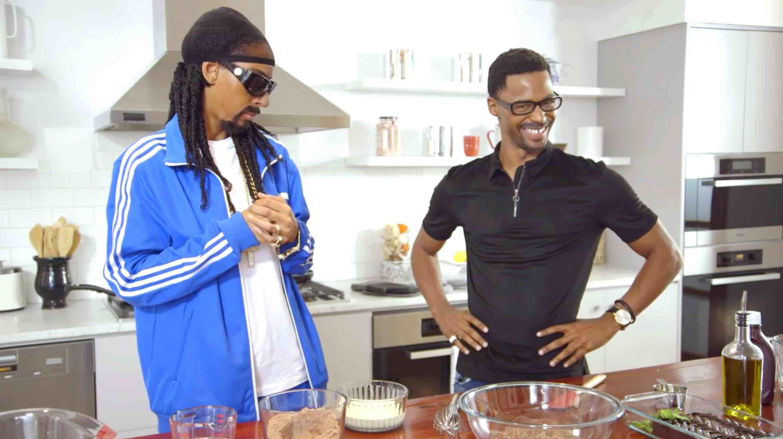 50 Central's Kiya Roberts and Vince Swann do Snoop Dogg