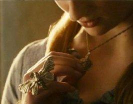 Sansa S1 Moth Ring