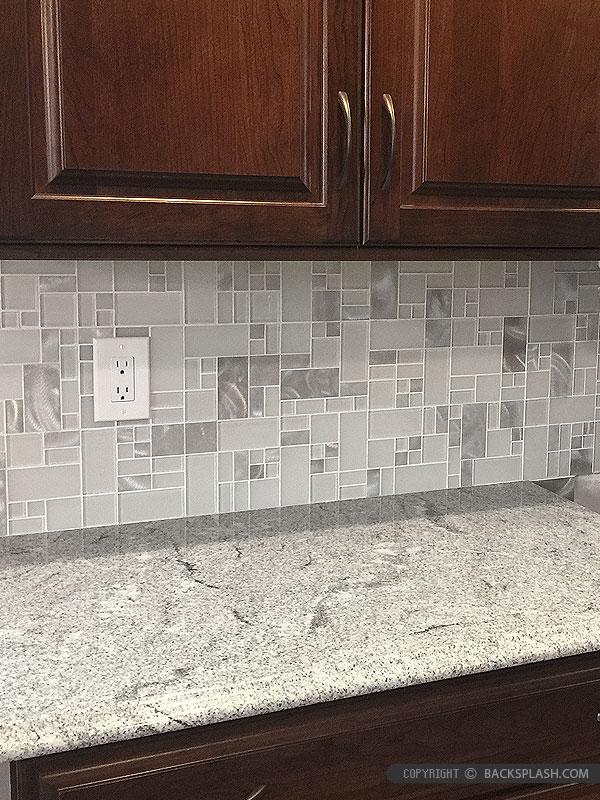 Small Kitchen Tile Ideas