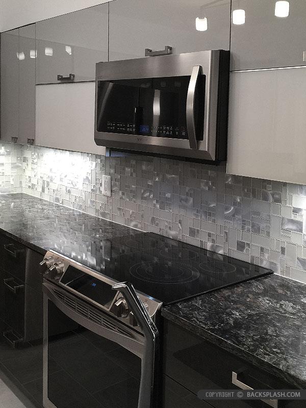 White Glass Metal MODERN BACKSPLASH TILE for Contemporary ... on Black Granite Backsplash  id=51123