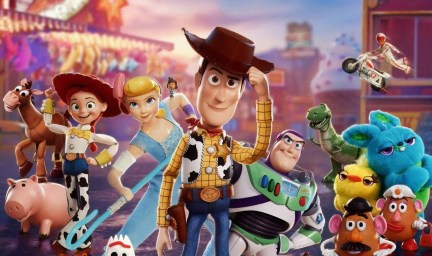 Toy Story 4: Woody's Round Out