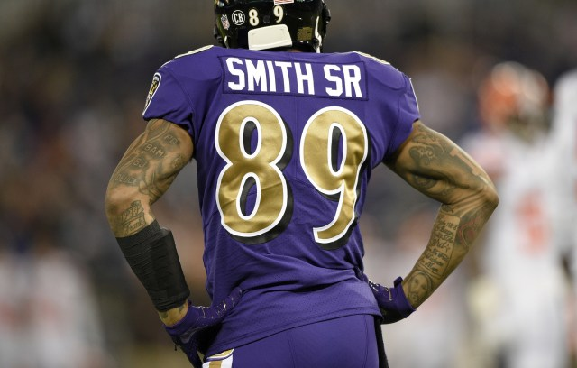 bal-ravens-wide-receiver-steve-smith-sr-asked-ray-lewis-for-permission-to-do-patented-dance-20161110.jpg