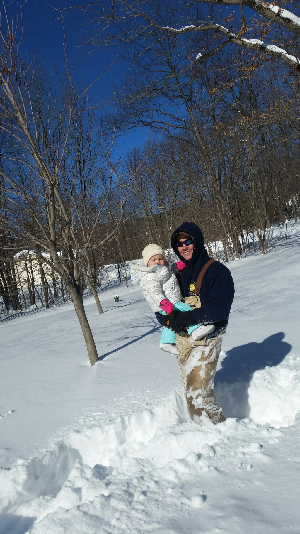 Snowmaggedon-With-A-1-Year-Old_BackwardsNHighHeels (11)
