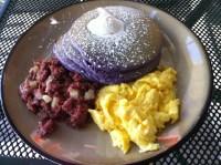 ninongs_granada_hills_ube_pancakes