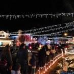 13 - wakefield_winter_wonderland_saugus_santa_clarita_christmas_lights_los_angeles