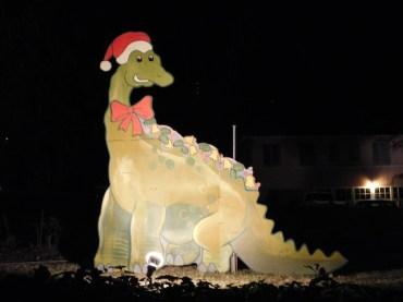 3 - balian_house_altadena_christmas_lights_los_angeles