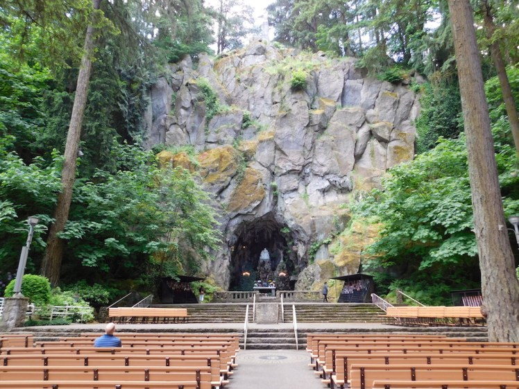 The National Sanctuary of Our Sorrowful Mother, The Grotto, Portland