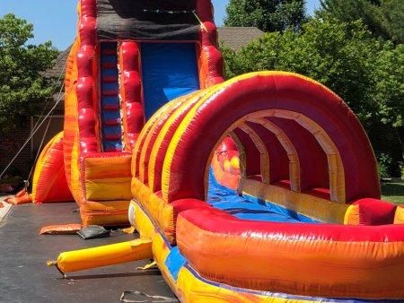 huge-inflatable-water-slide
