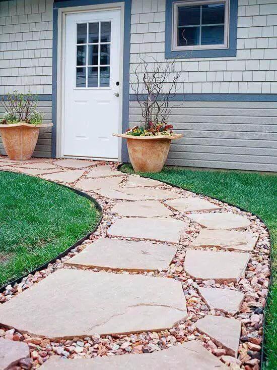 33 Flagstone And Gravel Walkway Ideas