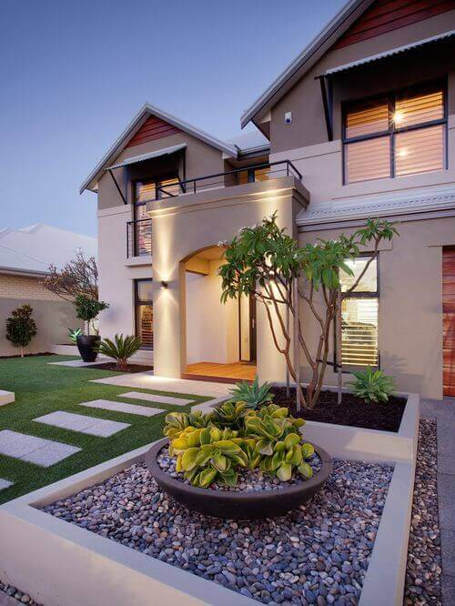 32 Creative Home Front Landscape Design Ideas on Home Backyard Ideas  id=29660