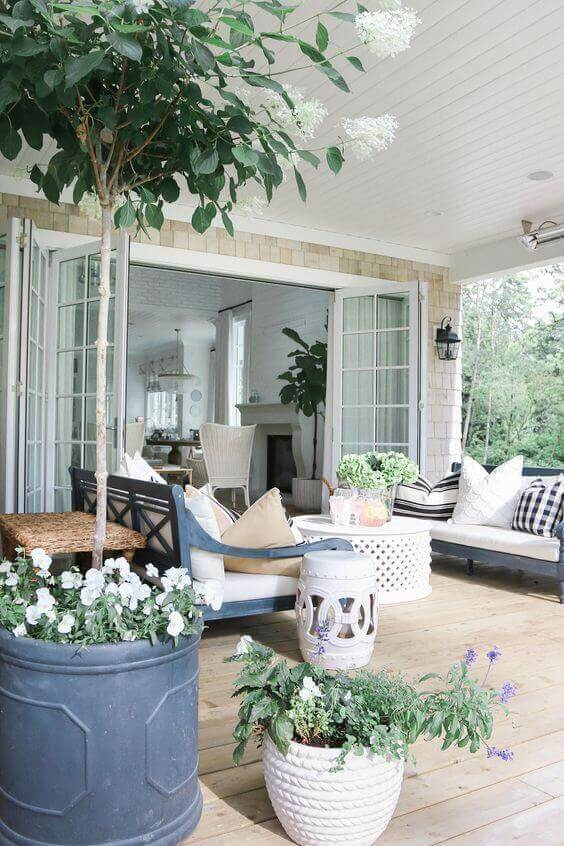 36 Simple Back Porch Ideas too Beautiful to Be Real on Back Patio Porch Ideas id=26651