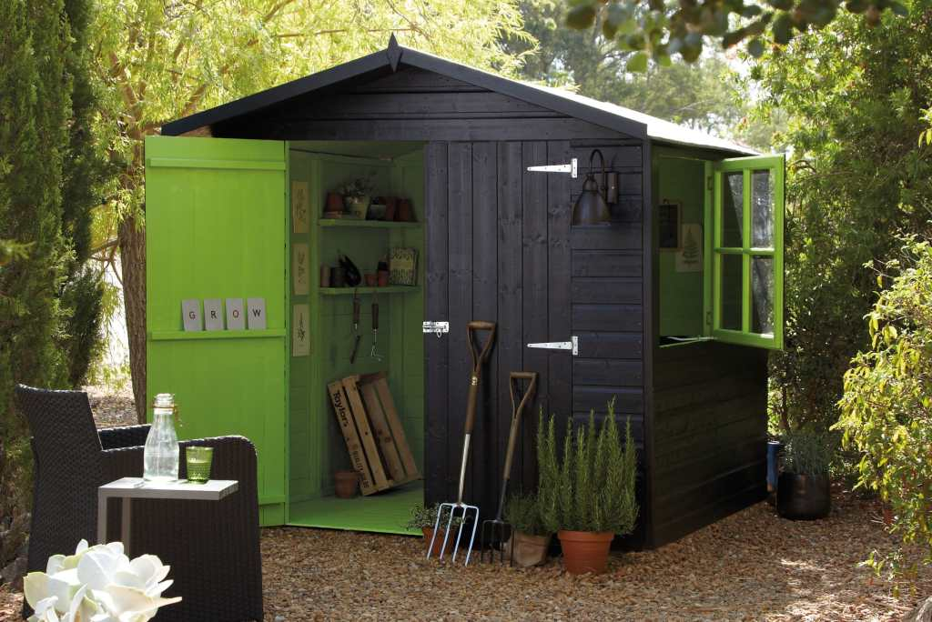8 Easy Steps to Build an Outdoor Storage Shed for Garden 6