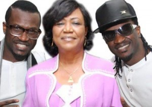 images-psquare_mother_burial_531375350-300x212
