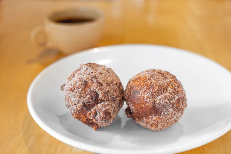 bacon apple fritters