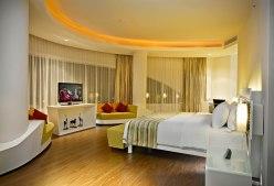FIN - Sensa - Master Bedroom - Presidential Suite 01