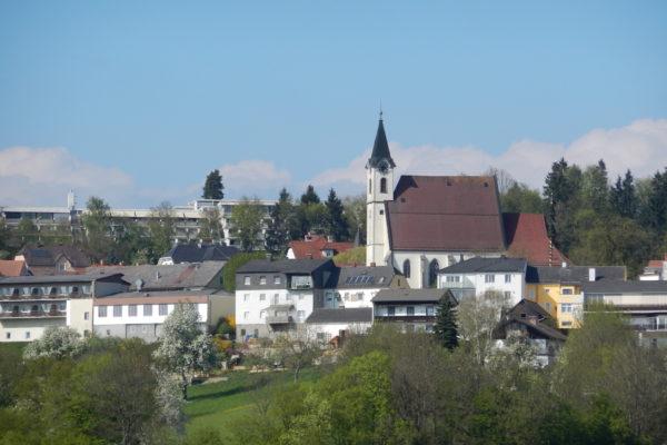 Kirche in Bad Kreuzen