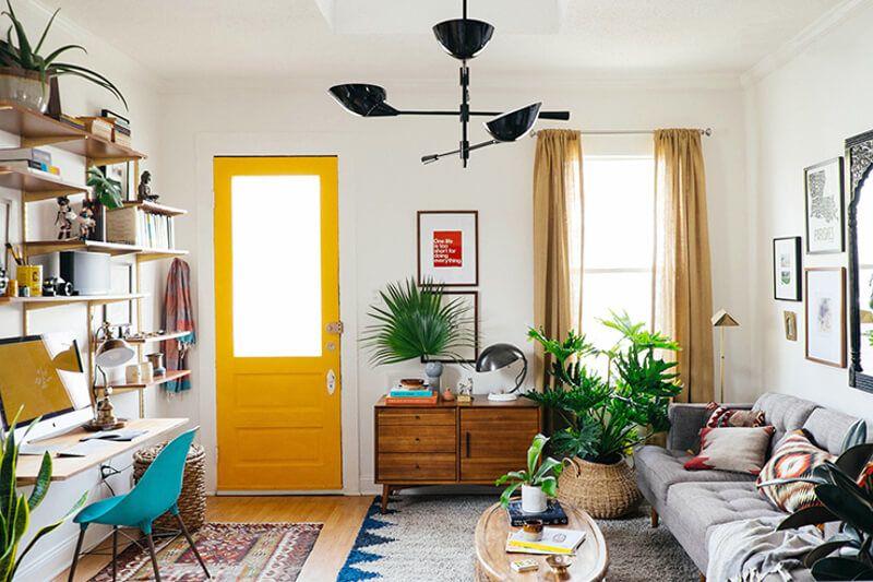 Puertas colores llamativos
