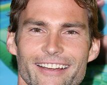 """sean william scott, once Aphrodite's object of affection"""
