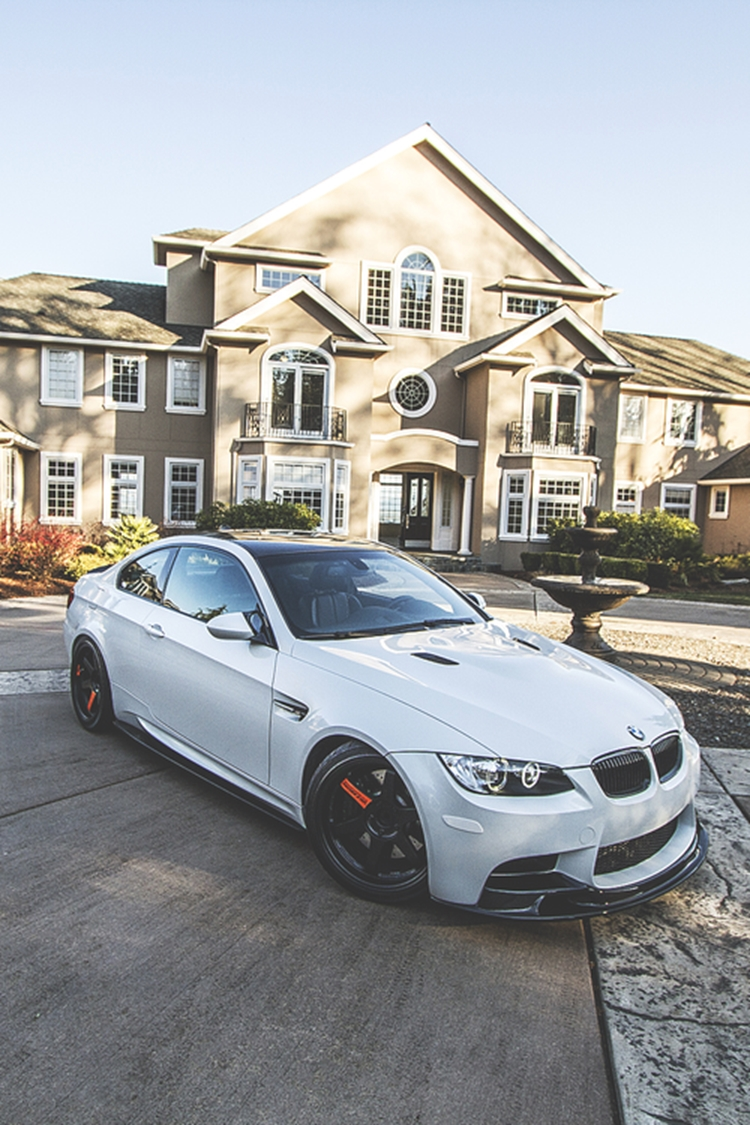 badchix luxury homes and cars