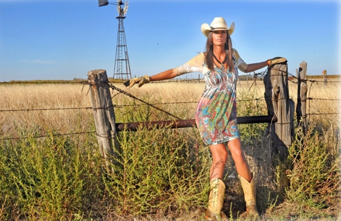 racy photos of country girls