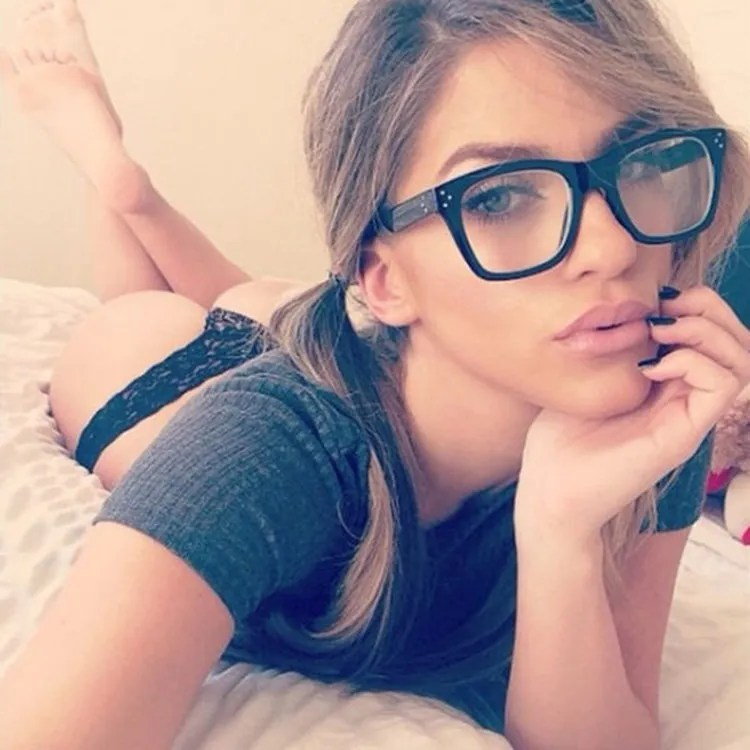 Hot naked girls with glasses