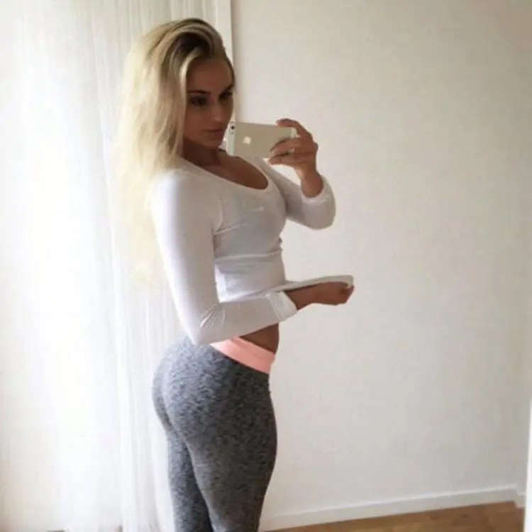 Yoga Pants Are The Best Inventions Ever 35 Photos