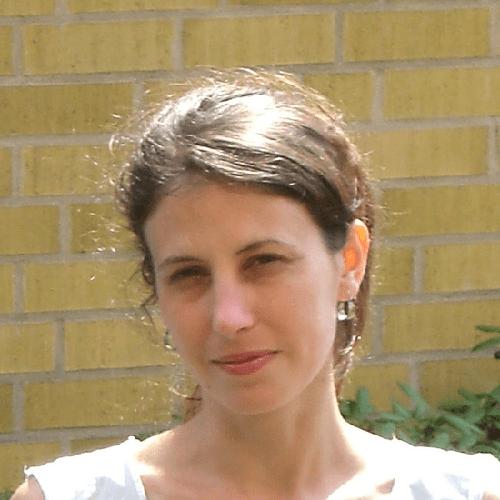 Carola AM Yovanovich