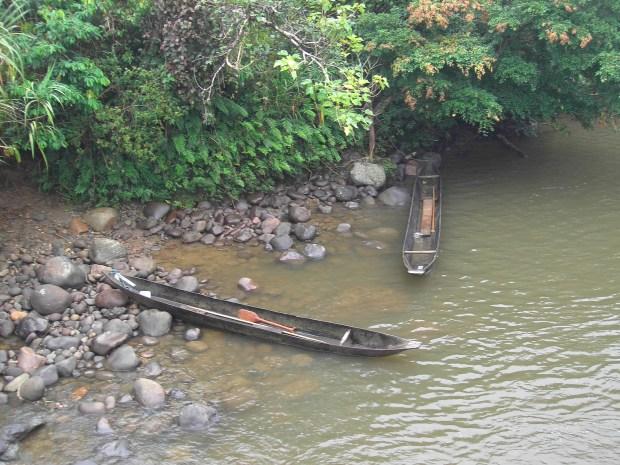 Ecuador Jungle - canoes