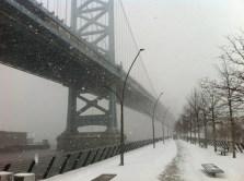 race street pier ben franklin bridge