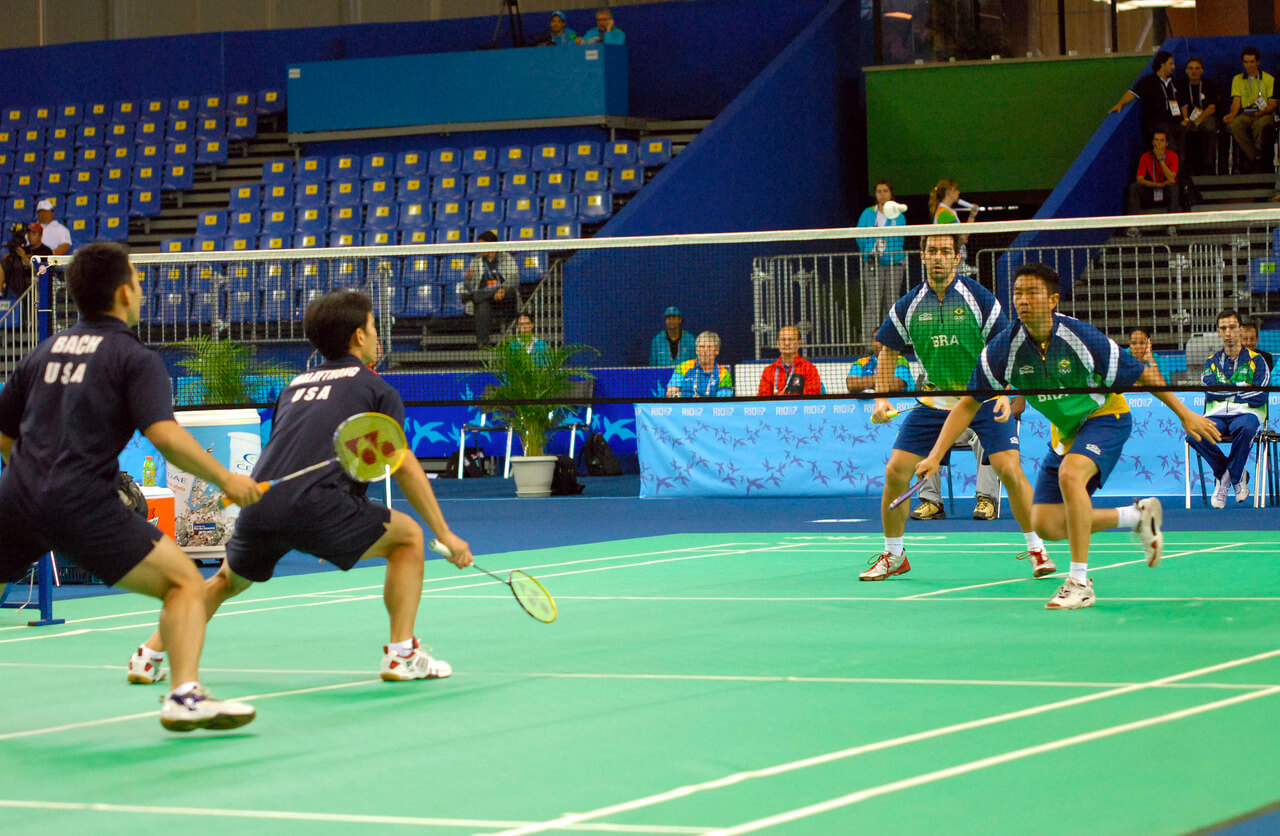 Read more about the article What is Badminton? A Beginner's Starter Guide