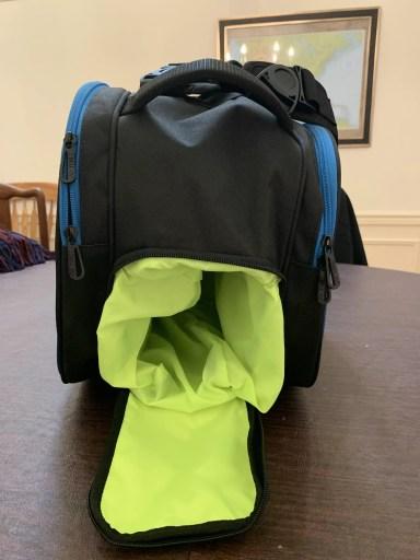 Yonex Pro Racquet Bag (9PCS) - Shoe Compartment Empty.